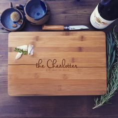 Gift Set: Personalized Cutting Board and Serving Spoon Set, Custom Engraved Cutting Board and Wooden Spoon/Spatula, Wedding Gift, Gift Idea A beautiful, solid bamboo and olive wood cutting board and kitchen spoon / spatula gift set - lovingly engraved with the names/text of your choice!