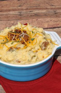 Cheesy Mashed Potatoes with Cubed Ham Mashed Potato Casserole, Cheesy Mashed Potatoes, Rock Crock Recipes, Cooking Recipes, Chef Recipes, Dishes Recipes, Easter Recipes, Brunch Recipes, Appetizer Recipes