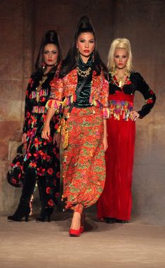 CEMİL İPEKCİ : TALE OF THE EAST - the four seasons Tribal Fashion, Boho Fashion, Womens Fashion, Tandoori Masala, The Four, Four Seasons, Kaftan, Harem Pants, Kimono Top