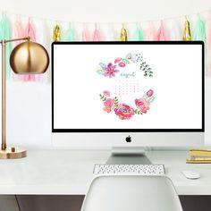 3 Free August 2016 desktop calendar wallpapers