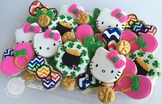 St. Patrick's Day Hello Kitty | Cookie Connection  www.facebook.com/hellocookiejen
