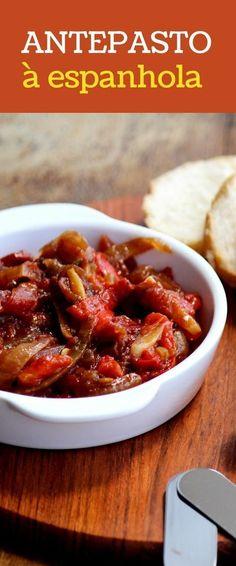 Antepasto à espanhola - veja a receita desse delicioso antepasto preparado com pimentão, tomate e cebola assada. Faça em casa e separe com pães.