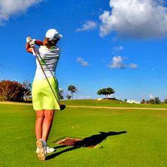 コースデビューの持ち物10選!これで準備は一人前【保存版】| 女性のためのゴルフ情報サイト 芝ガール Golf Courses, Sports, Hs Sports, Sport