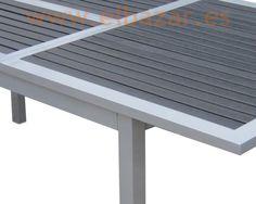 Mesa Royal extensible, aluminio y laminas de resina negra | Comprar ahora | ELBA