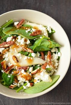 If you like spinach salads, you're going to LOVE this Spinach Salad with Pears, Pecans and Goat Cheese! Get the recipe at InSearchOfYummyne. Spinach Salad with Pears, Pecans and Goat Cheese The Café Sucre Farine cafesucrefarine Salad Love If you Think Food, Food For Thought, Vegetarian Recipes, Cooking Recipes, Healthy Recipes, Cheap Recipes, Cooking Games, Healthy Salads, Healthy Eating
