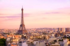 When you think of iconic Paris monuments, you'd be remiss not to mention the Eiffel Tower, and while as many as people visit the tower in peak tourist season, no one has ever had the chance to stay inside the tower. Tour Eiffel, Paris Eiffel Tower, Romantic Things To Do, Most Romantic, Lonely Planet, Westminster, Paris Canal, Paris Paris, Big Ben