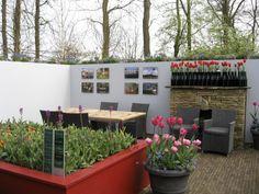 Blogissa: Puutarhaideoita ja tulppaaneita   #unelmienasunnot #oikotieasunnot #blogi #sisustus #puutarha
