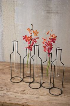Urban Farmhouse Designs Five Wire Bottle Bud Vases - April 13 2019 at Easy Home Decor, Home Decor Bedroom, Cheap Home Decor, Bedroom Ideas, Warm Bedroom, Home Decor Accessories, Decorative Accessories, Urban Farmhouse Designs, Diy Casa