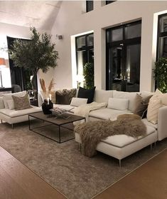 Home Living Room, Living Room Designs, Living Room Decor, Living Spaces, Home Decor Store, House Rooms, Modern Interior Design, Home Decor Inspiration, Decor Ideas
