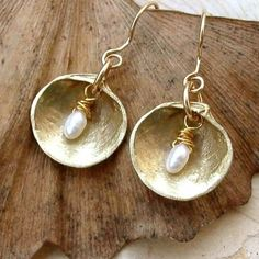 Wire Wrapping Shells | Shell and Pearl Earrings - Brass - White - Pearls - WIre Wrapping ...