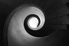 Helical Stair, photography by Harry Lieber. Sony Alpha 700.