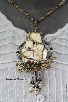 Купить Летучий корабль ,,Сан-Мартин,, - золотой, украшения ручной работы, украшение на шею