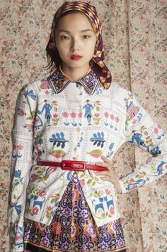 Styled by Natalie Joos, Xiao Wen has print precision in this ensemble. Via Tales of Endearment