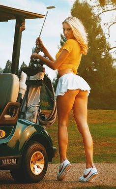 Girls Golf, Ladies Golf, Vive Le Sport, Sexy Golf, Sporty Girls, Sexy Skirt, Mode Style, Sexy Outfits, Curvy Women