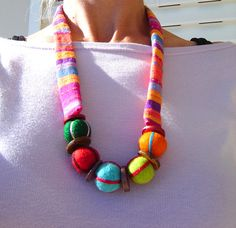 https://flic.kr/p/4D1DYf | Felt and Fabric Necklace