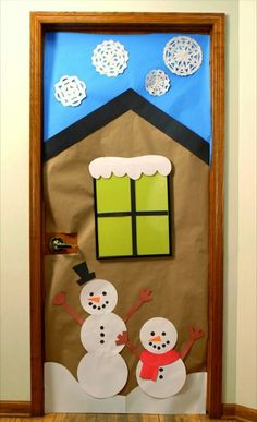 33 Amazing Classroom Doors for Winter and the Holidays : Bring some good cheer to your classroom with this holiday classroom doors and winter classroom door ideas. Then recreate them yourself! Holiday Door Decorations, School Door Decorations, Christmas Door Decorating Contest, Noel Christmas, Door Ideas, Cheer, Winter Time, Winter Holiday, Book Displays