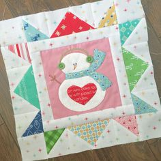 Cozy Christmas Sew Along - Week Five - Block Five! Christmas Blocks, Christmas Quilt Patterns, Cozy Christmas, Quilt Block Patterns, Applique Patterns, Applique Quilts, Quilt Blocks, Christmas Quilting, Christmas Tables