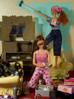 Some weird barbie scenes here.