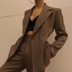 tonight lets get physical February 23 2020 at fashion-inspo Mode Outfits, Retro Outfits, Classy Outfits, Casual Outfits, Fashion Outfits, Cute Vintage Outfits, Fashion Clothes, Fashion Ideas, Summer Outfits