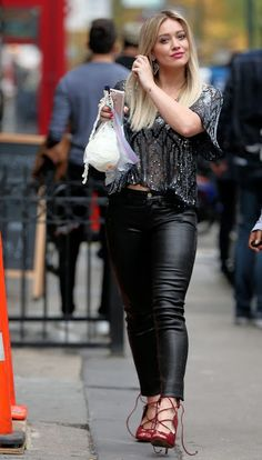 Celebrities In Leather: Hilary Duff wears tight black leather pants