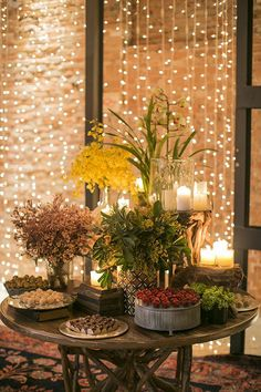 Hanging string lighting in windows Ramadan Crafts, Ramadan Decorations, Wedding Decorations, Table Decorations, Industrial Wedding, Rustic Wedding, Haft Seen, Party Decoration, Deco Table