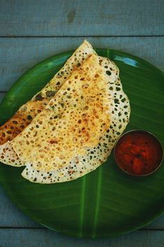 instant raw rice dosa is a tasty, healthy and easy to make instant breakfast recipe. An easy dosa recipe which does not require any fermentation process Veg Dinner Recipes, Veg Recipes, Savoury Recipes, Cooking Recipes, Raw Rice Recipe, Instant Breakfast Recipe, Instant Dosa Recipe, Healthy Indian Recipes, Veg Breakfast Recipes Indian