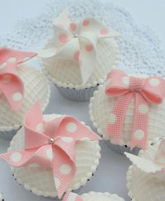 Pretty Pink & White Pinwheels and Ribbons Cupcakes