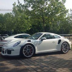 Porsche 911 (991) GT3 RS in White [640x640] - Imgur