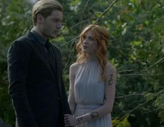 Shadow hunter season 3 a little sneak peek pic of #clace. New trailer tonight during the 2 hour season premier of Beyond