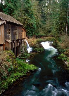 Cedar Creek Grist Mill | Washington (by Zeb Andrews)