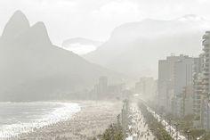Arpoador, parte da série Desaudio. Disponível http://www.fotospot.com.br/catalogo/lucas-lenci/lle-010-arpoador/