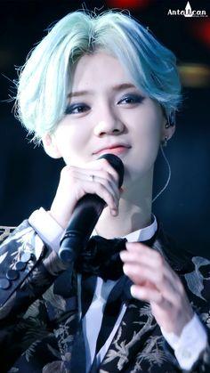 160409 LuHan 2016 Reloaded Concert Tour Shanghai
