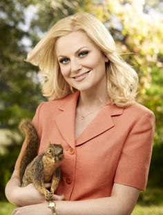Amy Poehler is Squirrel Sweet Amy Poehler caught up with TV Guide to talk about her move to primetime with the buzz-worthy new sitcom Parks and Recreation, the secret to her success (magic beans! Tv Actors, Actors & Actresses, Halsey Singer, Nick Offerman, Leslie Knope, Amy Poehler, Tina Fey, Famous Women, Famous People