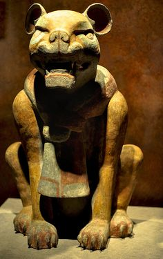 Zapoteca Jaguar clay sculpture originating from Monte Albán, Oaxaca (100 B.C- 200 A.D) High 88.50 cm