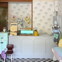 Herzenstreu, Einrichten, Möbel, Kinderzimmer, Kindermöbel, Vintage , Vintagemöbel, Deko , Stofftiere , Kuscheltiere , Dekoideen , Wolkentapete , Retrostyle , Design