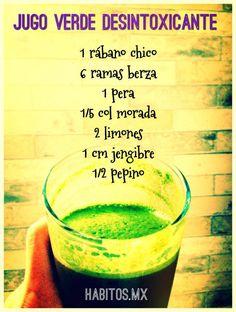 Jugo verde DESINTOXICANTE:  rábano, berza, pera, col morada, limones, jengibre y pepino