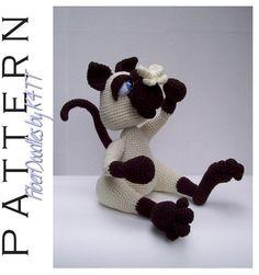 Hey, diesen tollen Etsy-Artikel fand ich bei https://www.etsy.com/de/listing/107237247/crochet-pattern-sneeze-the-siamese-kitty