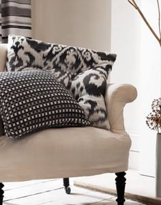 !!!!!!! Upholstery, Textiles, Throw Pillows, Bed, Home, Tapestries, Toss Pillows, Cushions, Stream Bed