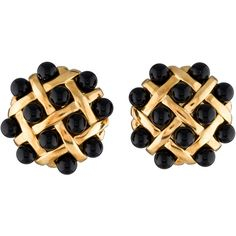 Pre-owned Chanel Quilted Onyx Clip-On Earrings ($4,995) ❤ liked on Polyvore featuring jewelry, earrings, black, 18 karat gold jewelry, cabochon jewelry, 18k earrings, clip back earrings and chanel jewelry