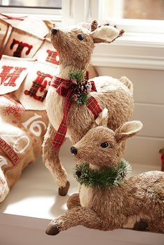 When you're decorating for Christmas, don't forget to invite a few friendly woodland critters into the mix. Pier 1 has a merry menagerie of holiday owls, foxes, penguins, squirrels and this seasonal favorite—reindeer—handcrafted of grass, sisal and pinecone.