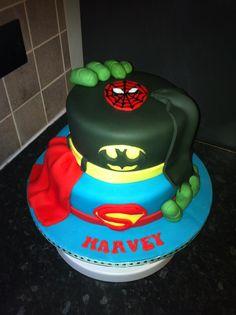 Super hero marvel cake