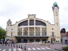 Rouen, San Francisco Ferry, Mansions, House Styles, Building, Trains, Photoshop, Park Lodge, Train Station
