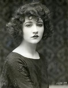 Movie Still Photographs, Biography and Filmography of Silent Film Star Betty Compson Vintage Pictures, Vintage Images, Vintage Photos Women, Photo Vintage, Vintage Girls, Vintage Woman, Vintage Children, Retro Vintage, Vintage Hairstyles