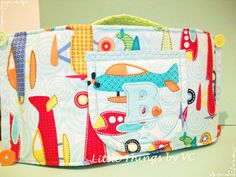 Bolsa-porta toalhitas em tecido disponivel por encomenda #portatoalhitas #bolsa #baby #bebe