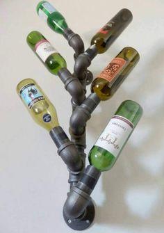 Botellero rústico de la pipa del hierro