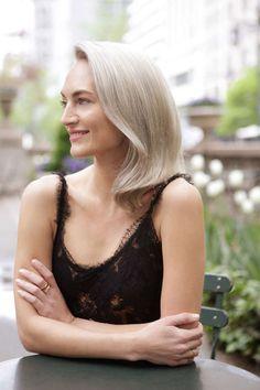 embed-grace-kelly-blond