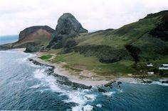 Ilha de Trindade:  Verdadeiro paraíso natural, a Ilha de Trindade é uma porção de terra no meio do oceano Atlântico, a 1.167 quilômetros de Vitória (ES)