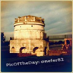 #PicOfTheDay da Ravenna, Mausoleo di Teodorico. Complimenti e grazie a @nefer82