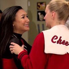 Heather Elizabeth Morris, Heather Morris, Glee Santana And Brittany, Glee Memes, Glee Quotes, Naya Rivera Glee, Rachel And Finn, Celebrity Moms, Celebrity Photos