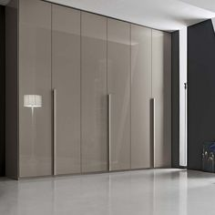https://i.pinimg.com/236x/d5/ff/87/d5ff87e929d2948494aa055d8a511d5b--wardrobes-outlets.jpg